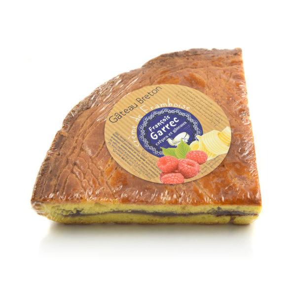 Gâteau breton fourré à la crème de framboises